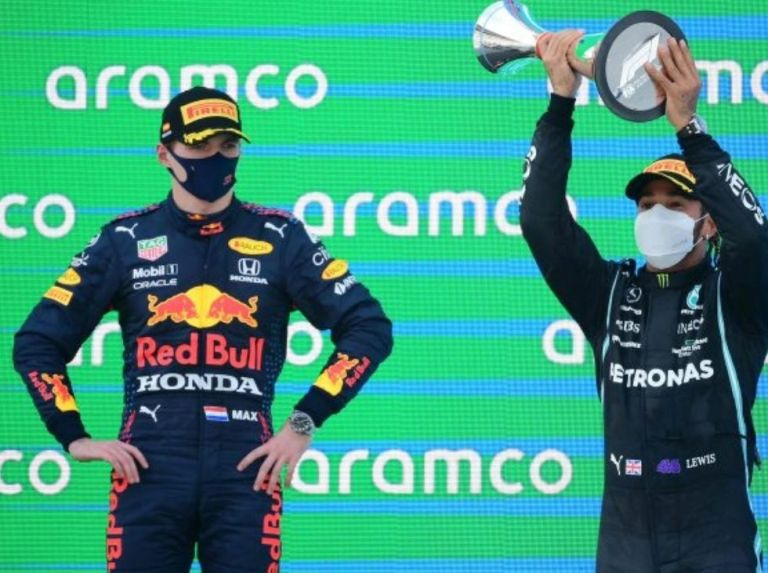 """Verstappen: """"You could see that Hamilton would overtake me"""""""