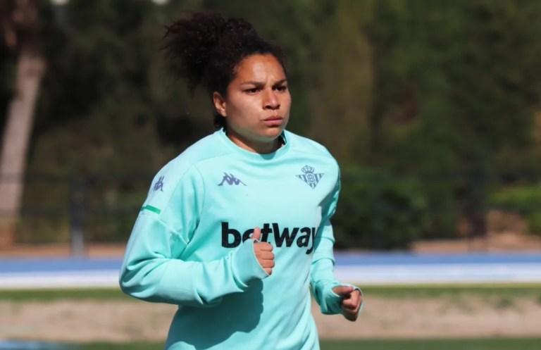 Oriana Altuve pactó con el Valencia CF