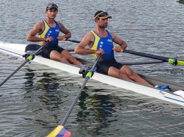Venezuelan rowing goes for the pass to the finals in the olympic play-offs