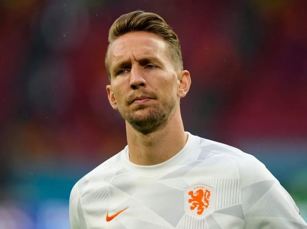 ¡Sobre la hora! Barcelona cerró fichaje de Luuk De Jong