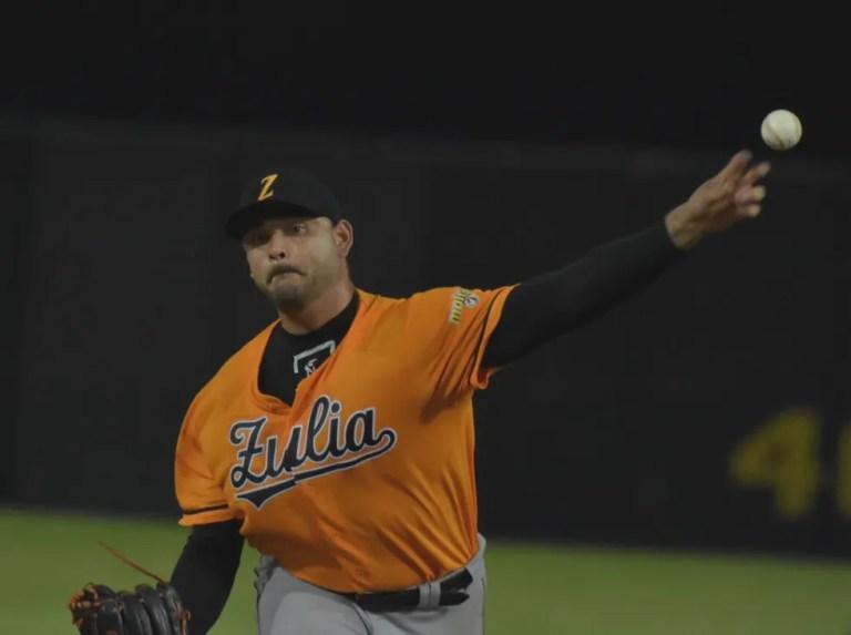 Elvis Araujo hopes to establish himself as a starter in the LVBP