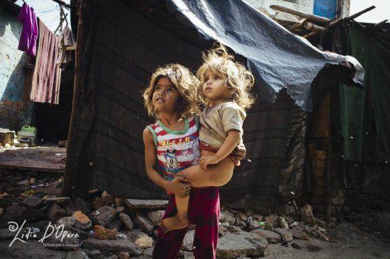 New Delhi Slum-M91019751