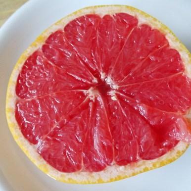 MMM, Grapefruits gehören im Januar und Februar zum jedem Frühstück.