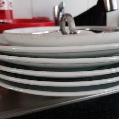 Kurz vor 18 Uhr hat es geklingelt und wir haben spontan Spaghetti für unseren Besuch gekocht. So liebe ich es. Keine Zeit etwas vorzubereiten und ein paar gute Gesprächsmomente mit unserem Besuch.