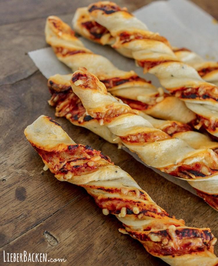 Pizza Stangen einfaches Rezept