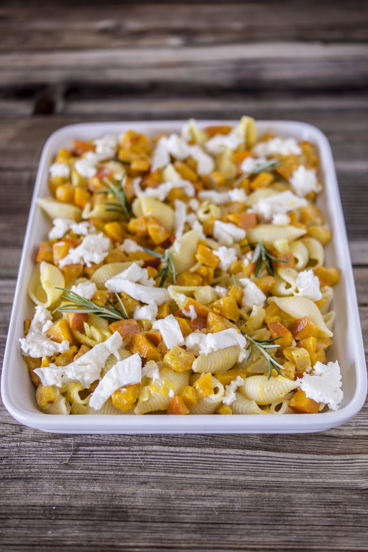 Nudeln mit Kürbis - überbacken mit Mozzarella: einfaches Rezept