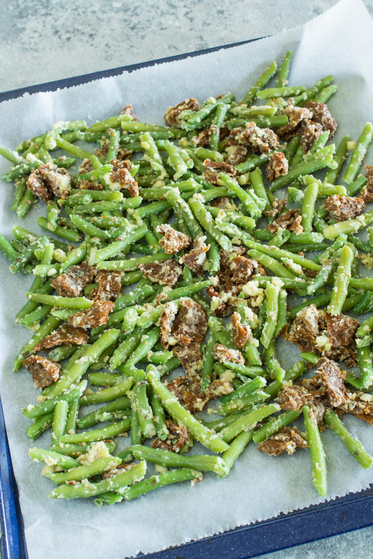Buschbohnen aus dem Backrohr | So peppt man gekochte Buschbohnen auf - Tolles vegetarisches Rezept