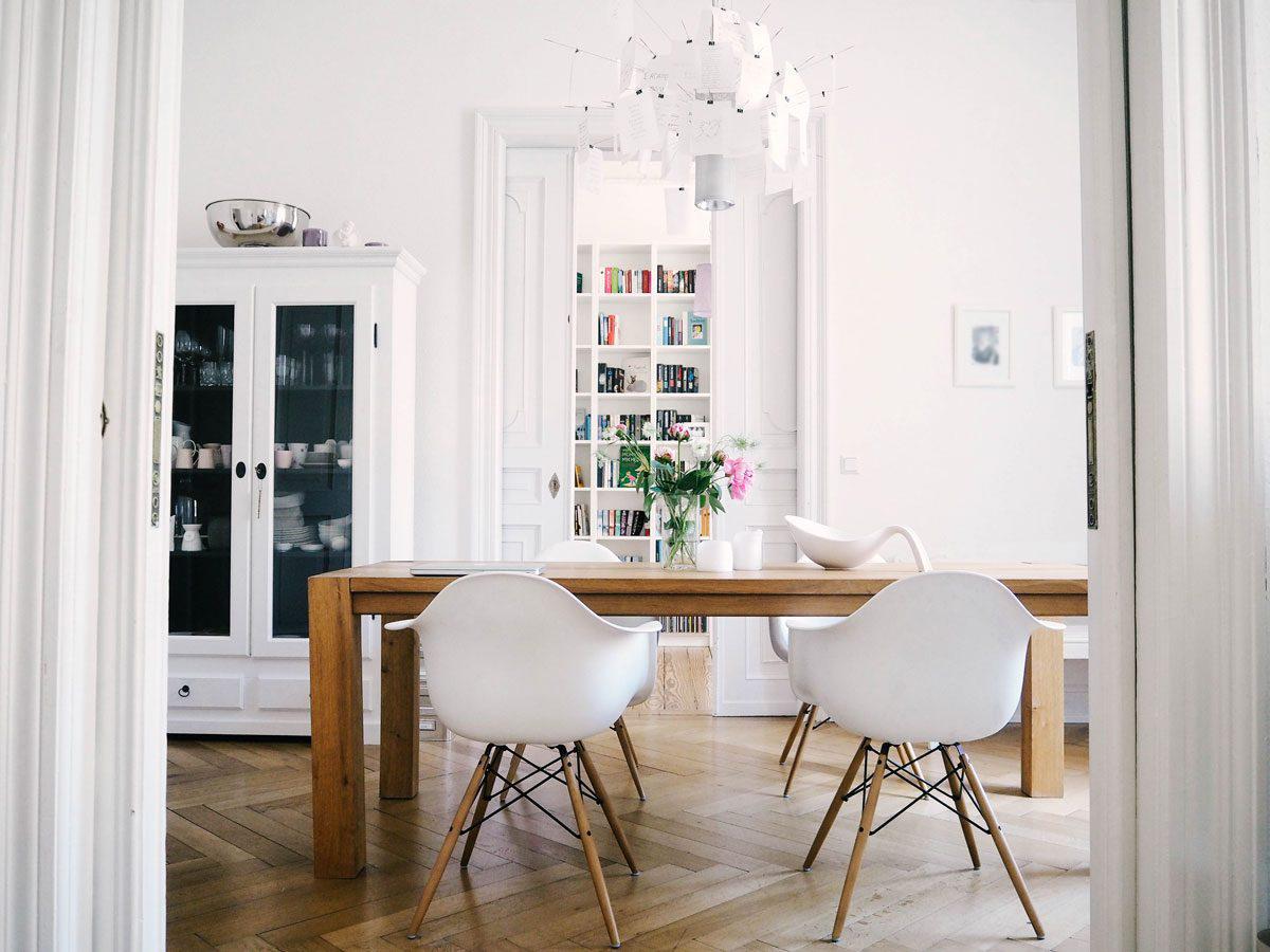 altert mchen trifft skandinavische moderne wohnen wie christina. Black Bedroom Furniture Sets. Home Design Ideas