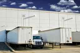 LKW im gewerblichen Güterkraftverkehr versichern