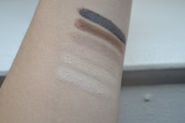 Swatches w7 in the mood