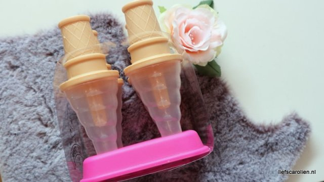 ijsjeshouder van Action, ijsjeshouder, action, ijsjes maken