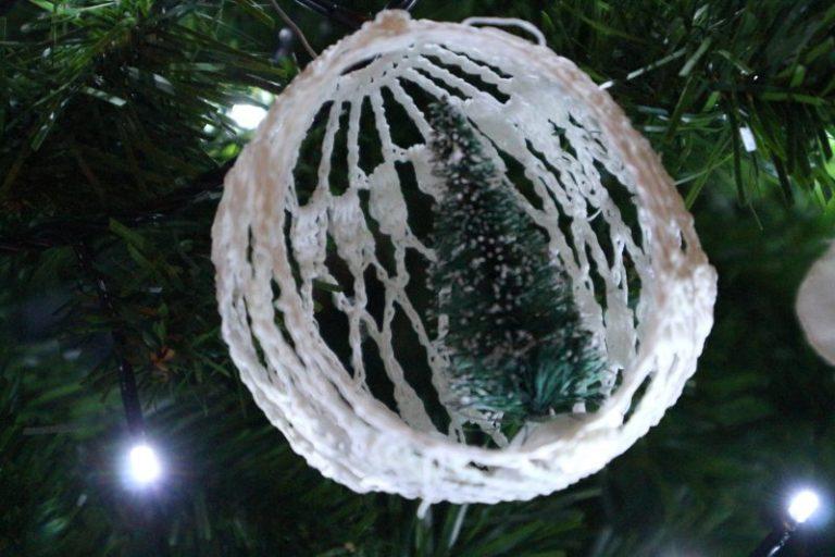 zelf kerst ballen maken