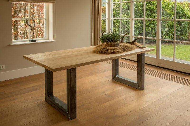 Industriële tafel Manchester, 5x mooiste eiken tafels, eiken tafel