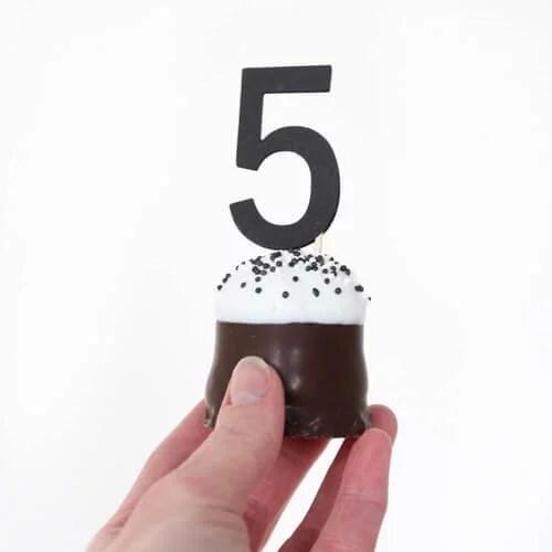 cijfer cupcakeprikkers traktatie
