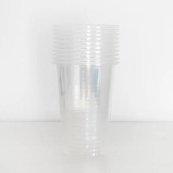 Transparante plastic bekers