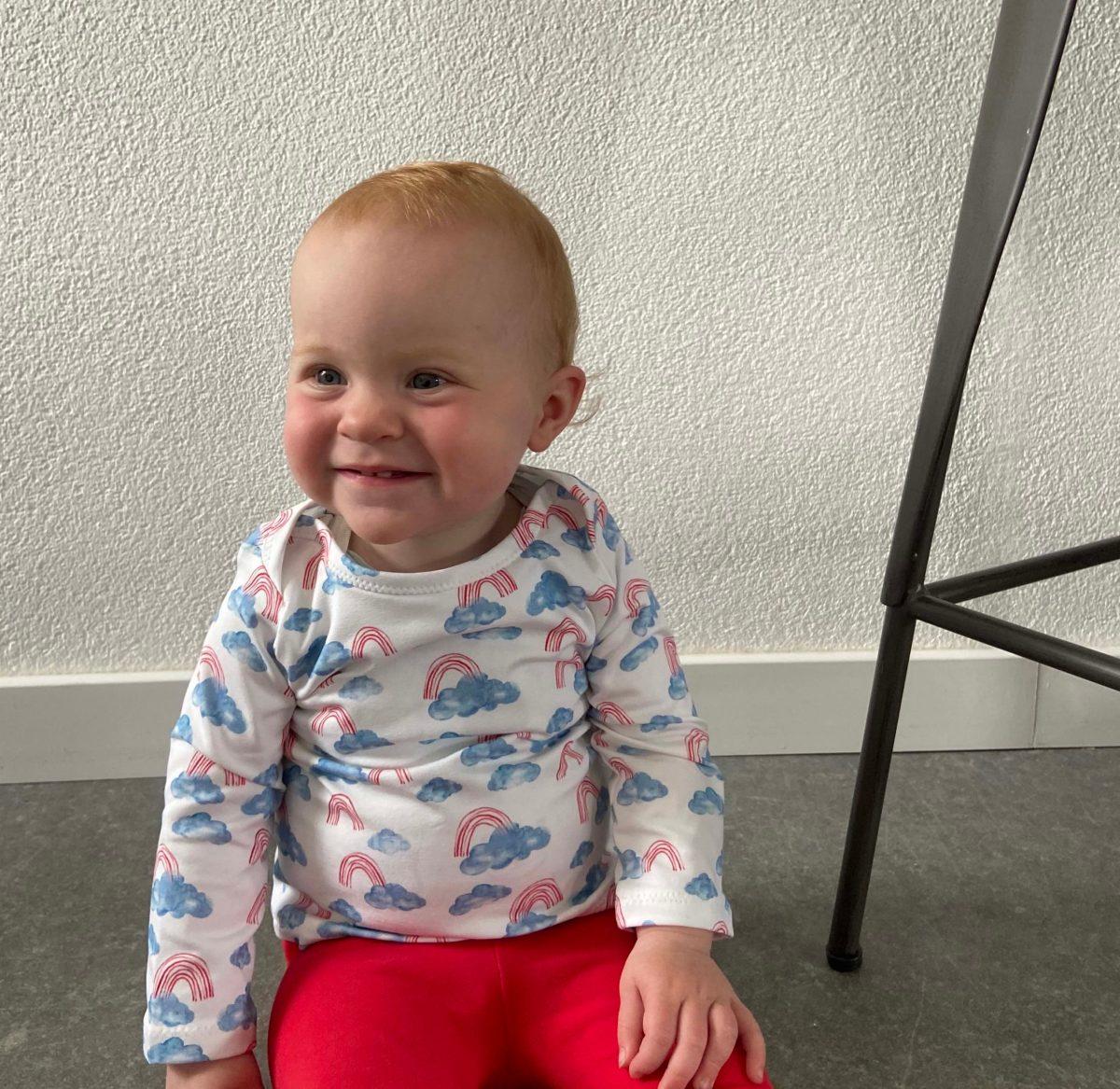 Regenboog baby, kledinglijn, regenboog setje, liefsvanlauren.nl