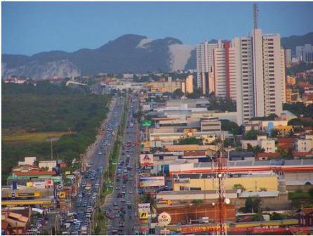 Avenida-Roberto-Freire-1 (1)