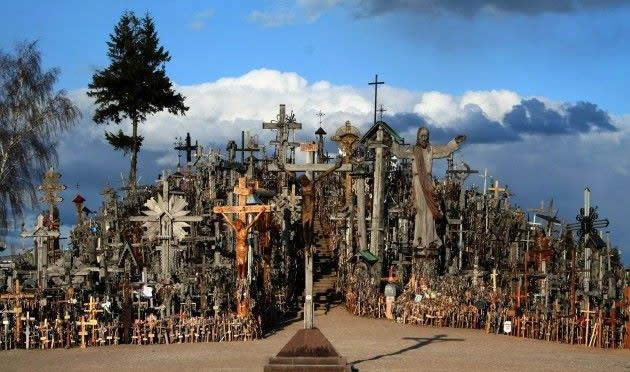 The Lithuanian Diaspora in the U.S. to be Represented at The Hill of Crosses
