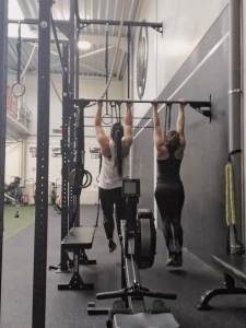 buddies at work, crossfit -LIEVELYNE