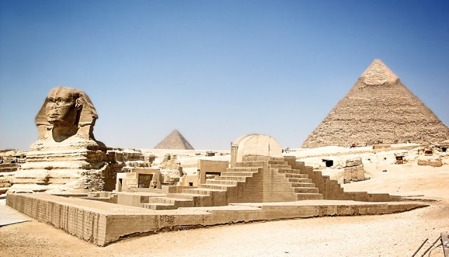 egypt 2267089 960 720 - 5 Mesmerising Ancient Structures Around the World