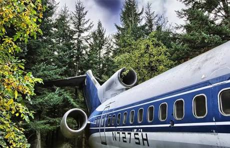 05-Old Boeing Transformed into an Awesome House