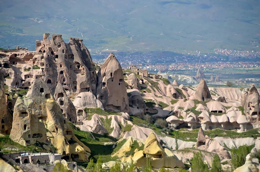 01-Fairy Chimney Hotel, Turkey