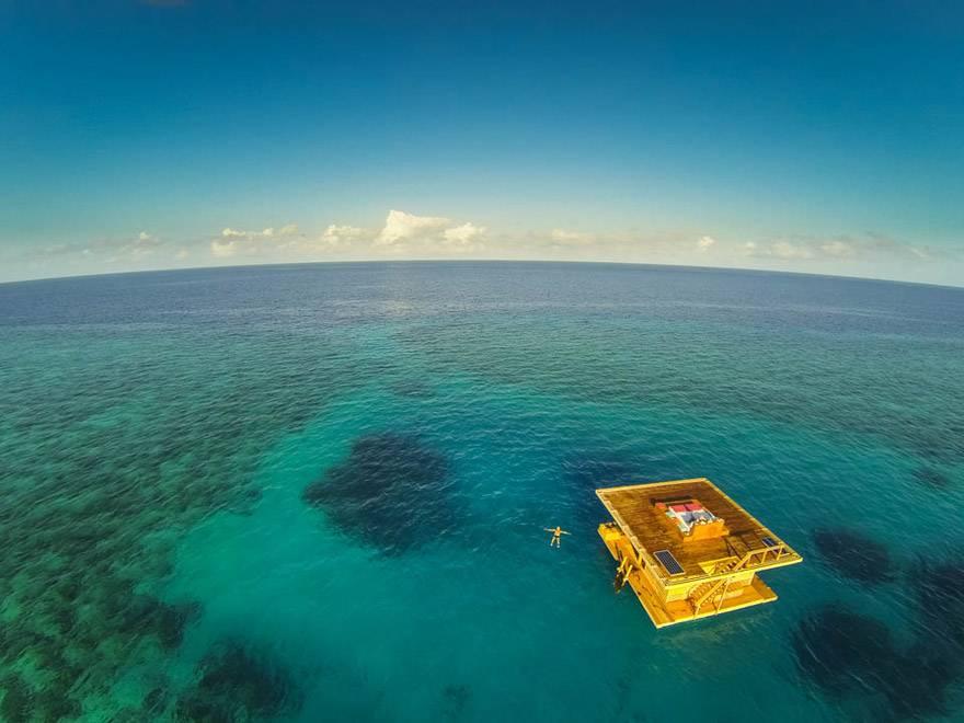 03-Floating Hotel, Zanzibar, Tanzania