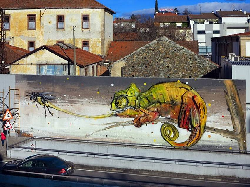 13-Bordalo II - Amazing Street Art Murals From Trash