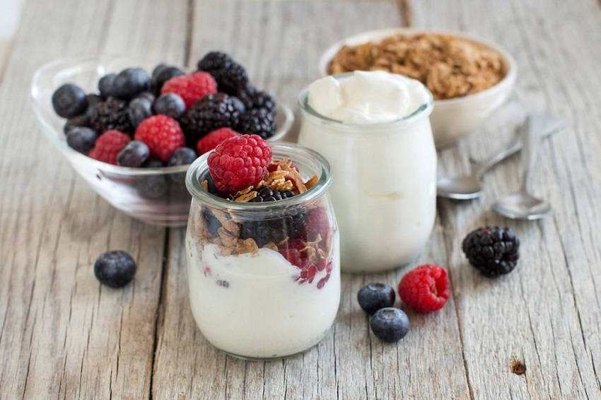 Benefits of Eating Yogurt