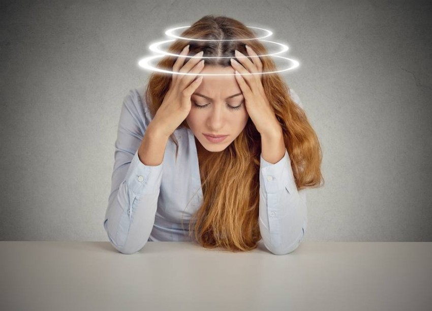 Difference between a headache and a migraine and how to prevent both