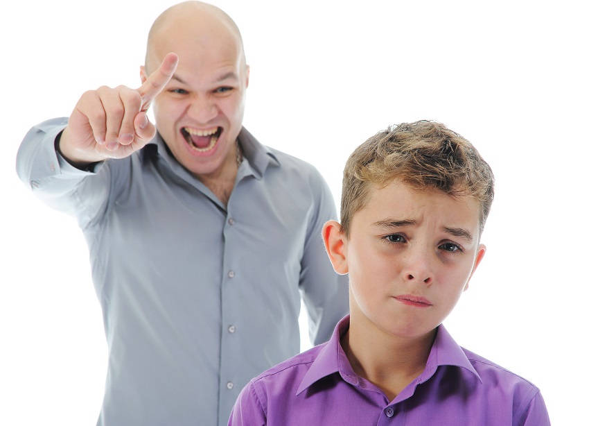 15 Signs That You Have Controlling Parents And How To Deal With Them