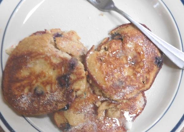 almond-coco-pancakes