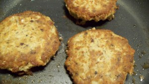 No-filler salmon patties