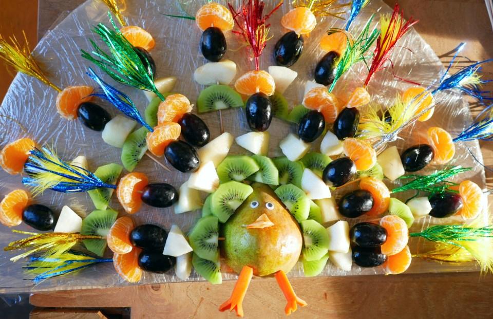 20200217 Fruittraktatie pauw 2