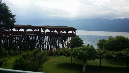 Lunch overlooking the lake before we crossed into Guatemala.