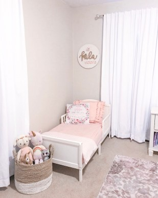 Bed in Toddler Girls Room