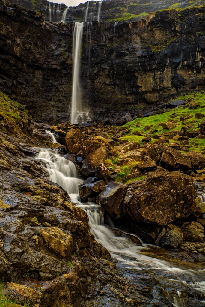 A waterfall on our way to Tjørnuvík