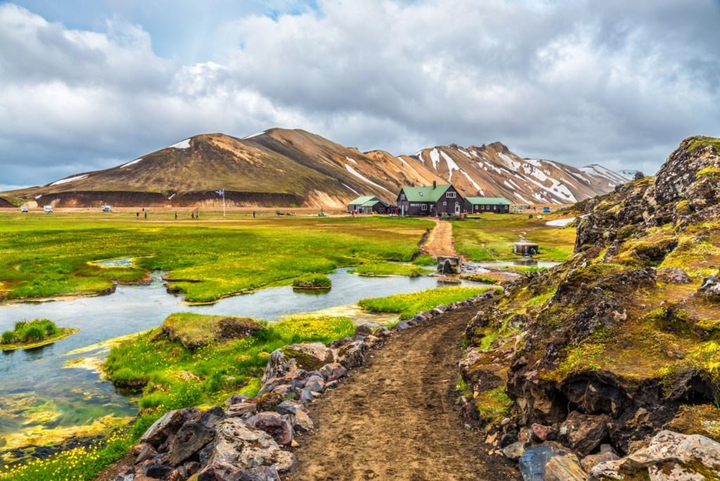 Landmannalaugar hut and campgrounds