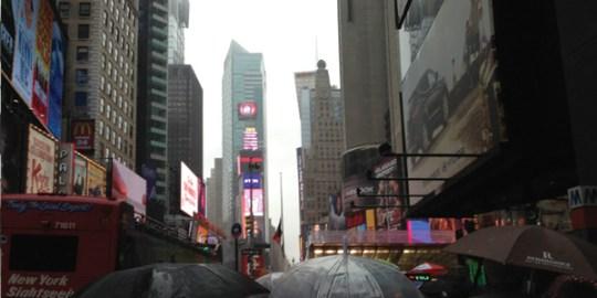 nyc-times-square-rain