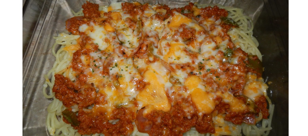 Spaghetti with Mince Meat, Sauce and Cheese