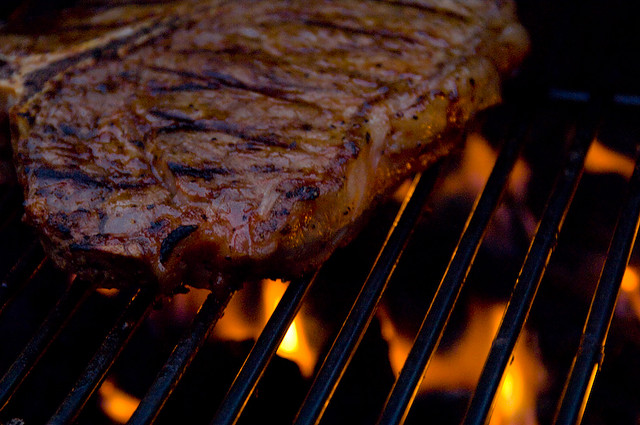 Cooking a Perfect Steak – Our Guide