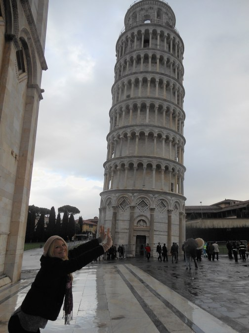 Leaning tower of Pisa push
