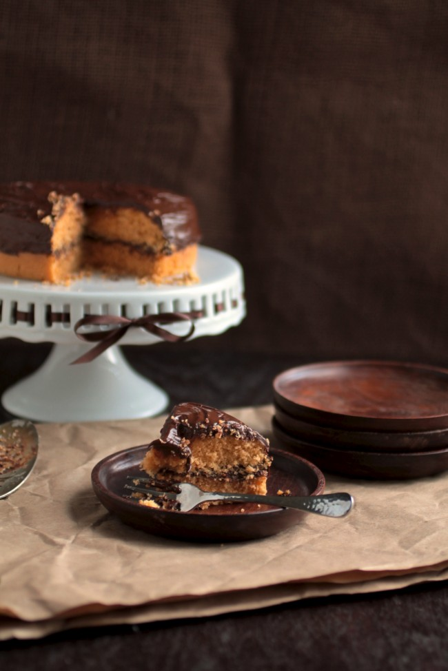 Butterscotch Cake with Chocolate Butterscotch Ganache | This butterscotch cake is rich and airy, with a chocolate ganache that pairs perfectly with the cake recipe.
