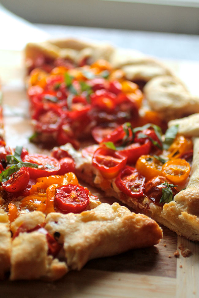 Savory galette with tomatoes and goat cheese. Vegetarian.