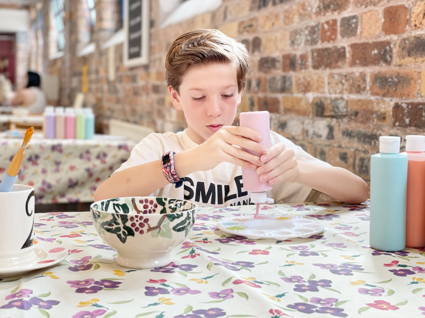 Painting pottery at Emma Bridgewater Factory
