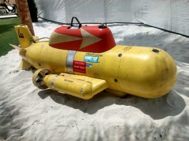 Hangout Yello Submarine