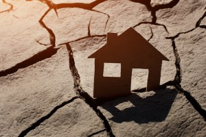 drought houses sinking