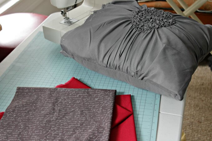 Easy Remote Control Pillow ~ #CraftyDestash ~ Life Beyond the Kitchen