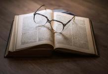 Czym różni się adwokat od radcy prawnego?
