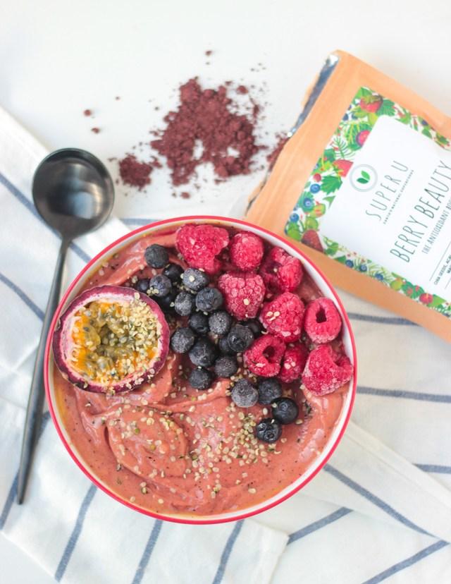 Super U Berry Beauty Smoothie bowl
